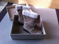 Ladies Hush Puppies size 39 boots