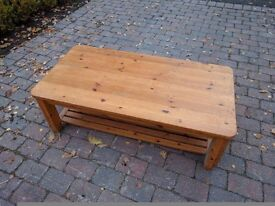 Pine sturdy coffee table