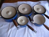 LE CREUST PANS 5 OF IN EXCELLENT CONDITION