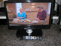 """GOODMANS 19"""" 12V LCD TV"""