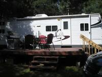 2006 Hornet 32ft Travel Trailer with 4 bunks