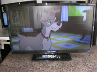 "BLAUPUNKT 32"" LED TV/DVD"