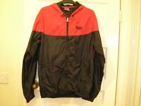 NEW Lonsdale Men's hooded thin waterproof & windproof jacket size SMALL