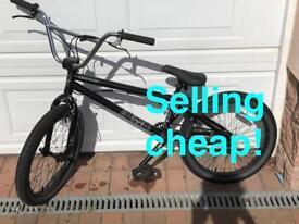 Curse BMX bike