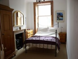 Beautiful cast iron frame double bed - good quality