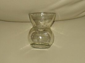 "Vintage - EYE WASH GLASS - clear glass - approx 2.5"" x 1.5"" ideal collector - good condition"