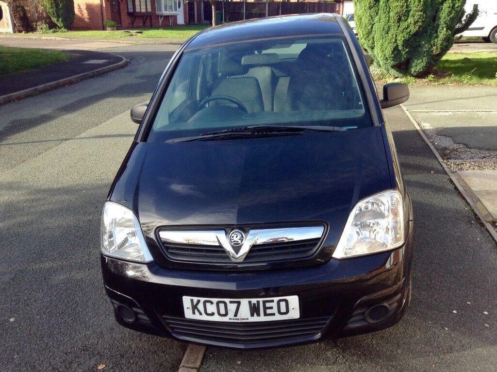 Black Vauxhall Mervia