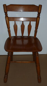 replica Cushman Colonial Chair .. Sturdy, Clean, Smoke Free .. Cambridge Kitchener Area image 1