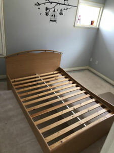 Double/Full Bed Frame Like New