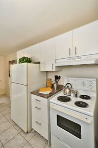 2 BEDROOM  DOWNTOWN AVAILABLE MAY OR JUNE! London Ontario image 6