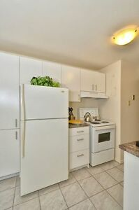 2 BEDROOM  DOWNTOWN AVAILABLE MAY OR JUNE! London Ontario image 9
