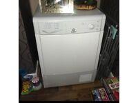 Indesit condenser dryer 8kg (White)