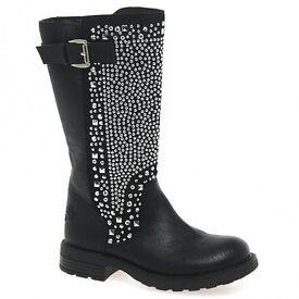 lellie Kellie boots brand new
