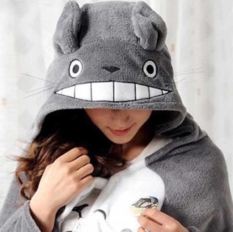 NEW Totoro Soft Plush Cape Cloak Shawl Anime Cosplay Blanket Costume Coat Hood