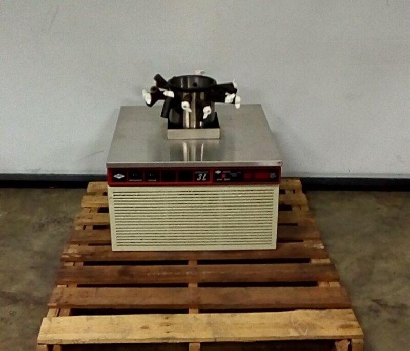 VirTis Benchtop 3L Tabletop Freeze Dryer Model 257667