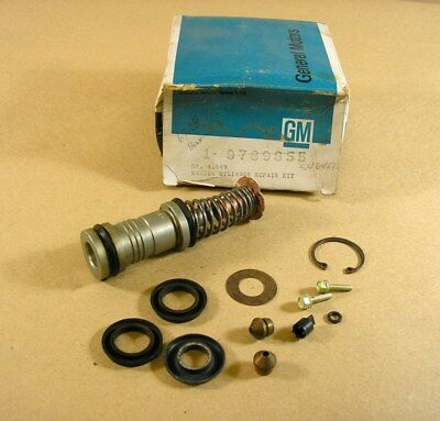 1967 1969 Pontiac All Fullsize Bendix Master Cylinder Repair Kit NOS 3905792