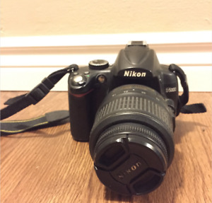Nikon D5000 with 2 lenses and accessories - MUST GO ASAP