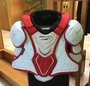 Youth Hockey Chest Protector APX2 Cambridge Kitchener Area image 1
