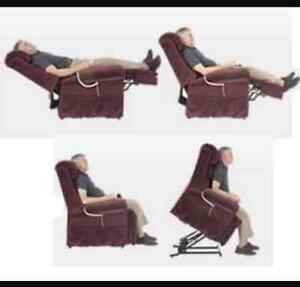 Power lift recliner (must see) (half price)