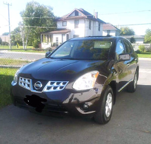 2013 Nissan Rogue SE (Saftied/Etested, New Brakes, New Tires)