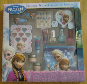 New Disney Frozen Themed Beauty Kit.