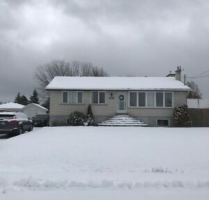 GREAT FAMILY HOME ~ VAL THERESE