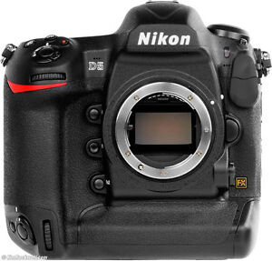Nikon D5 Professional camera, absolutely MINT!