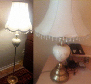 WORKING ANTIQUE VINTAGE FLOOR AND TABLE LAMPS SET