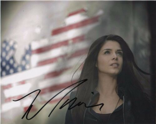 Marie Avgeropoulos The 100 Autographed Signed 8x10 Photo COA #4