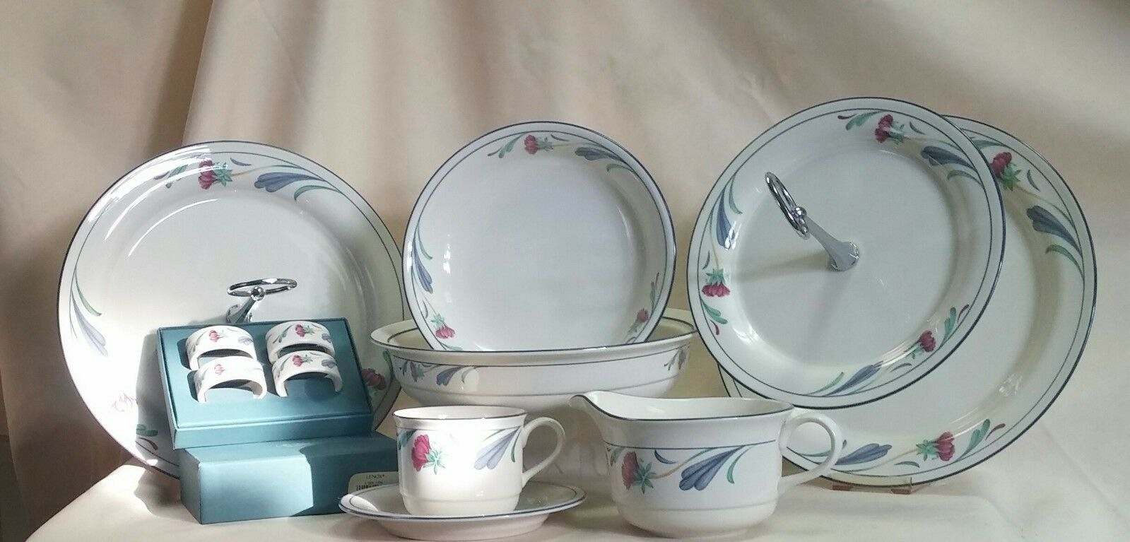LENOX POPPIES ON BLUE Cup/Saucer Pasta Bowl Vegetable Bowl Gravy Or Tiered Tray  - $23.00
