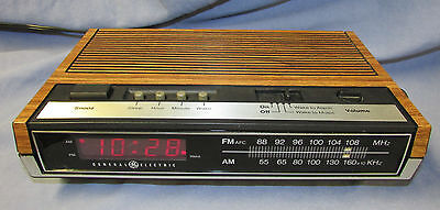 GE General Electric Digital Alarm CLOCK AM FM RADIO Vintage Faux Wood #7-4630D