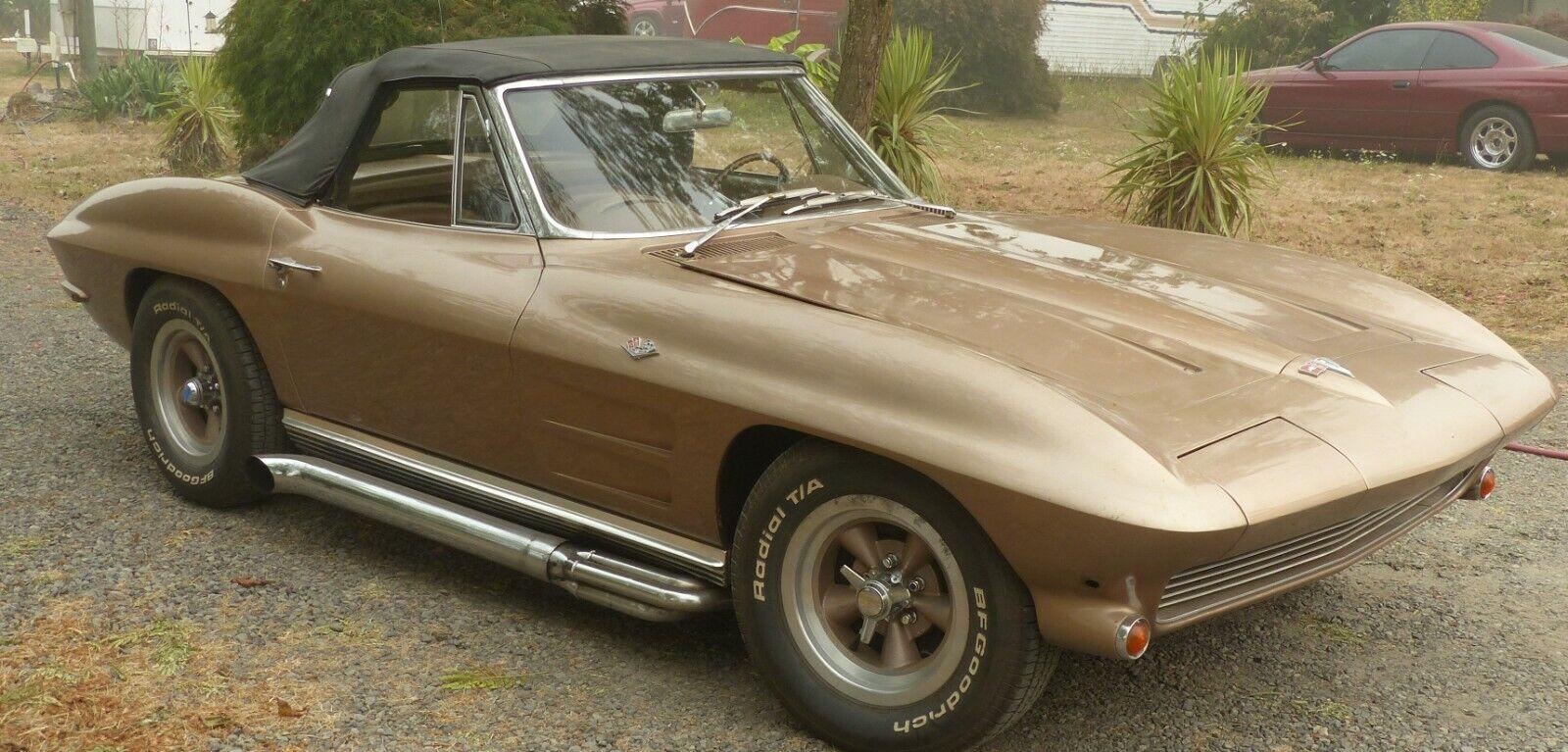 1964 Gold Chevrolet Corvette Stingray  | C2 Corvette Photo 1