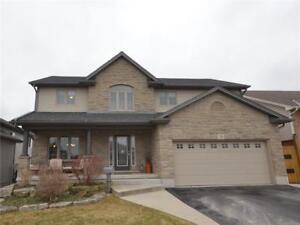 28 Cherry Avenue Smithville, Ontario