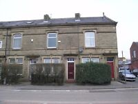Large 3 bedroom terraced house for rent - 105 Milnrow Road, Rochdale
