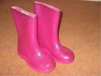 Wellies size 10 as New
