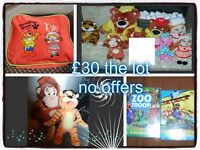haven holiday toys, soft toys, figures, lunchboxes and dvds can split prices on pic OR £30 the lot