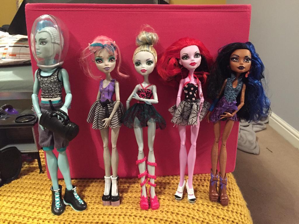 Monster High dance doll set