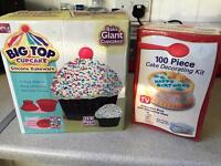 Brand new silicone cupcake mould and 100 peice decorating kit