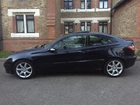 Mercedes C Class Coupe 180 Auto , Panoramic Roof , Automatic , Paddle Shifts , Quick Sale £2750