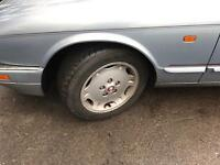 Jaguar xj6 alloys. 5 with good tyres.