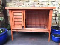 Wooden Outdoor Hutch: Rabbit / Guinea Pig / Small Animal (Very Good Condition)