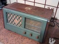 Vintage 1940's valve radio