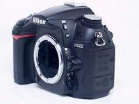 Nikon D7000 DSLR Body Only + Original Grip - Excellent condition