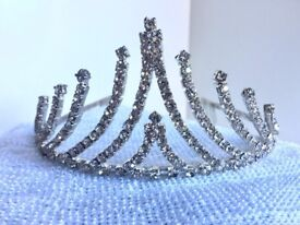 Graduated silver Diamante Tiara