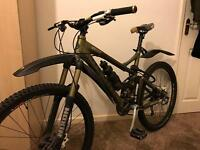 Giant Reign 2 Mountain Bike