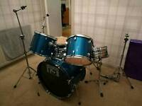 Second hand 5-piece Drum kit for sale