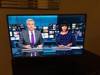 "TV LED Samsung 32"", Full HD, Freeview HD"