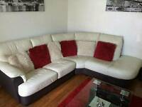Corner sofa with swivel love chair