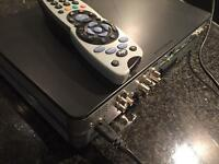 SKY HD PLUS BOX DRX890 500GB + POWER LEAD