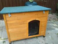LARGE DOG KENNEL EXCELLENT CONDITION £50